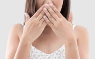 口呼吸の原因とリスクとは?改善方法も解説